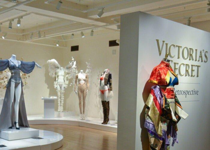 Nu har världens första Victoria's Secret museum öppnat