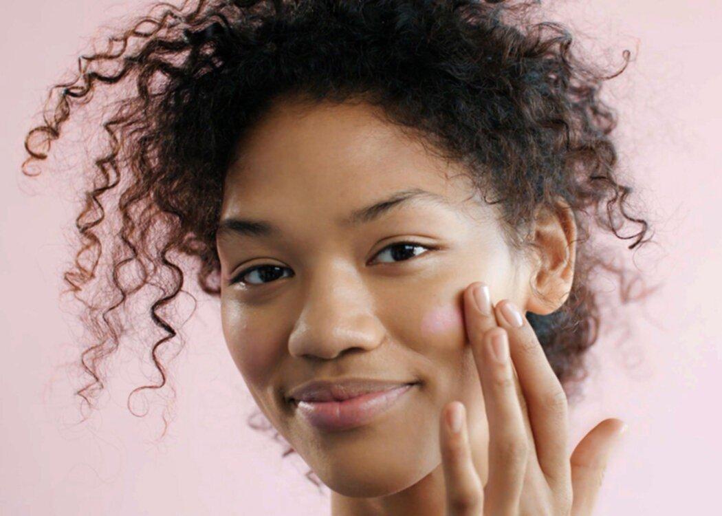 Glossier släpper Makeup-set