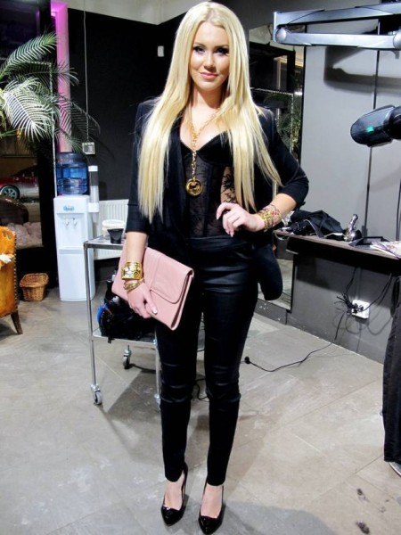 BLONDINBELLAS OUTFIT@ ELLE Nicole Richie
