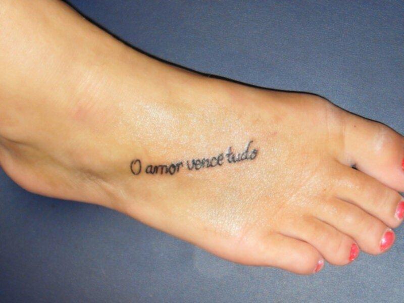 tatuering på foten
