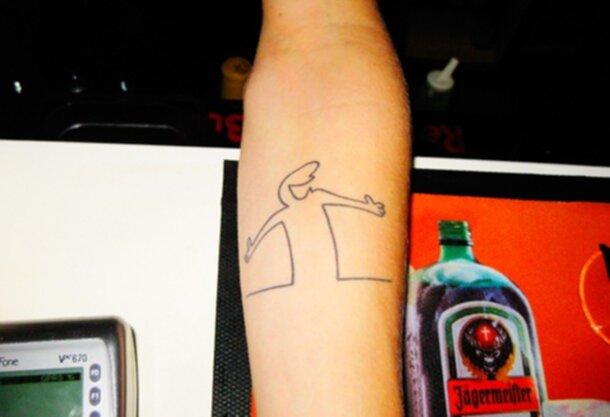 linus på linjen tatuering