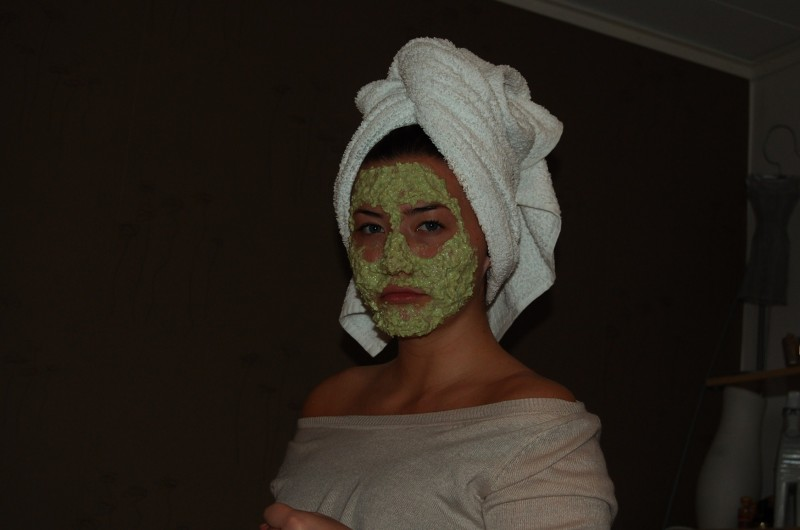 ansiktsmask med avokado