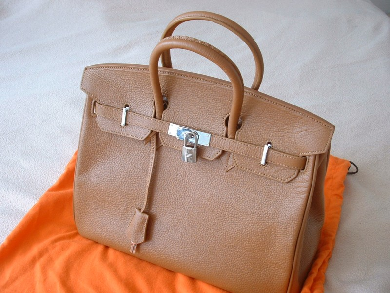 фото первых сумок