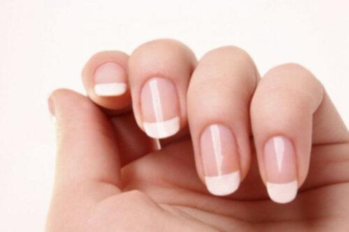 hur får man fina naglar