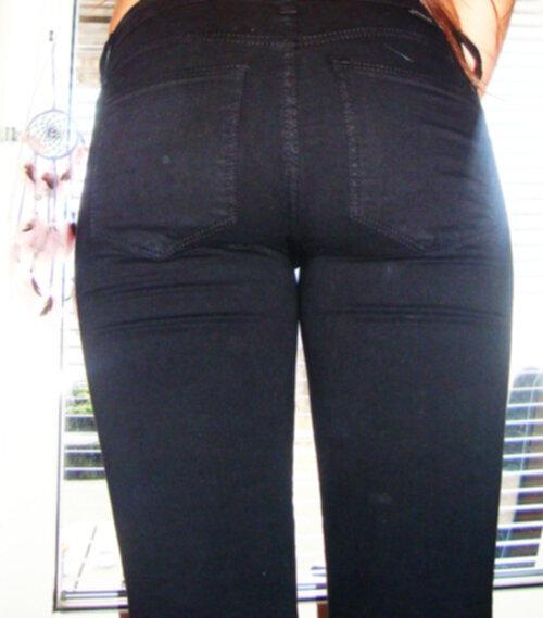 perfekta svarta jeans