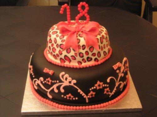 födelsedagstårta 18 år 18 års tårta födelsedagstårta 18 år